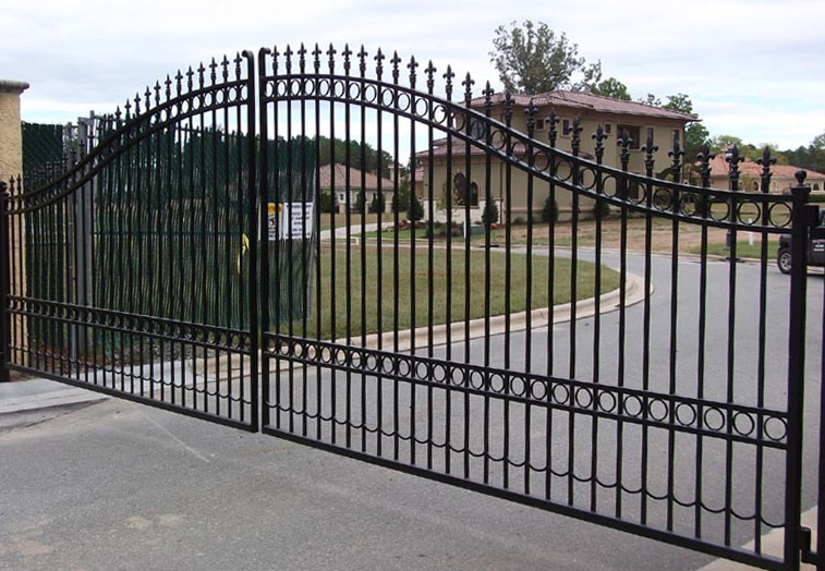 Frisco Driveway Gate Companies A Better Fence Company